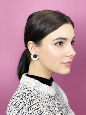 Rylie's Matte Grey & Black Earrings