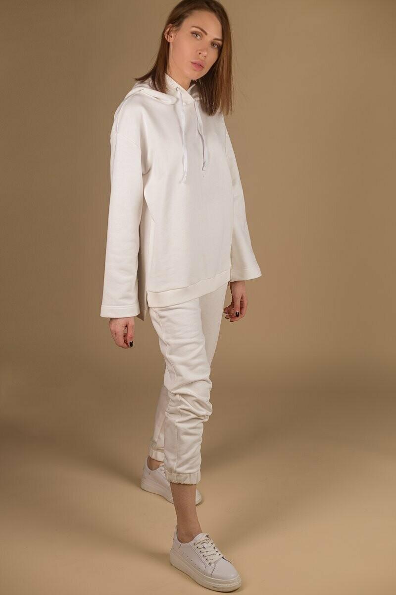 костюм «беленький»