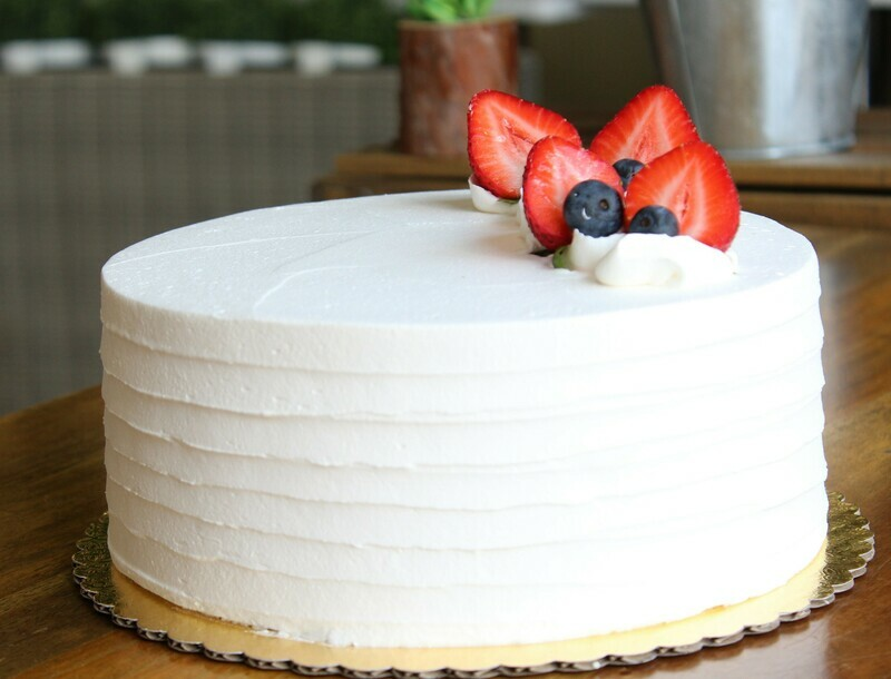 TRES LECHES (12+servings)