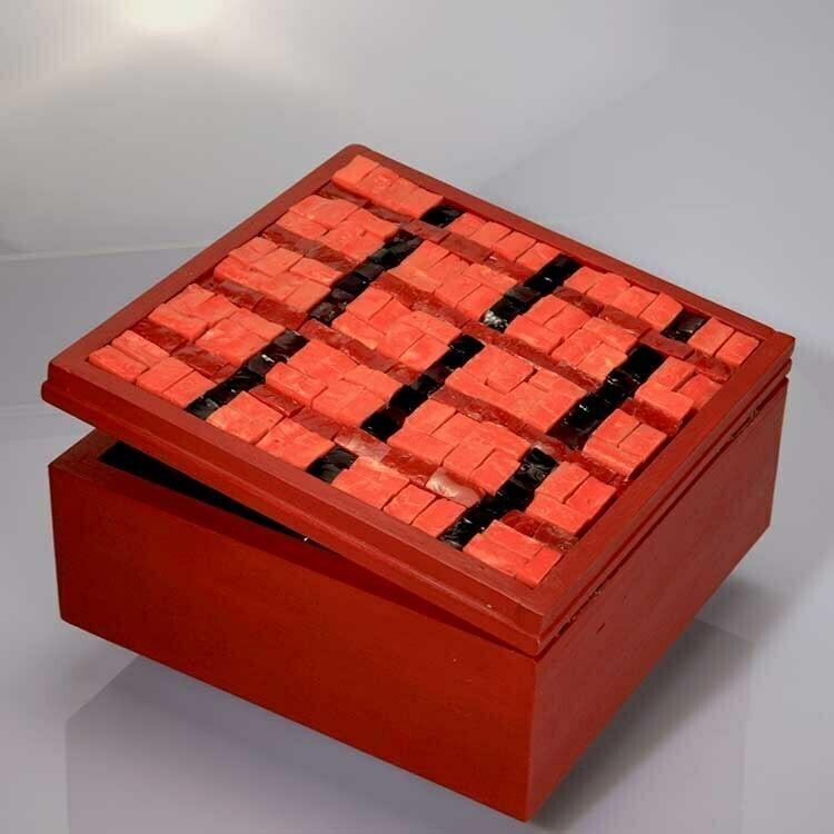 Magic box: 12 bottiglie dei vini di Cantine Ramarro. Spedizione gratuita