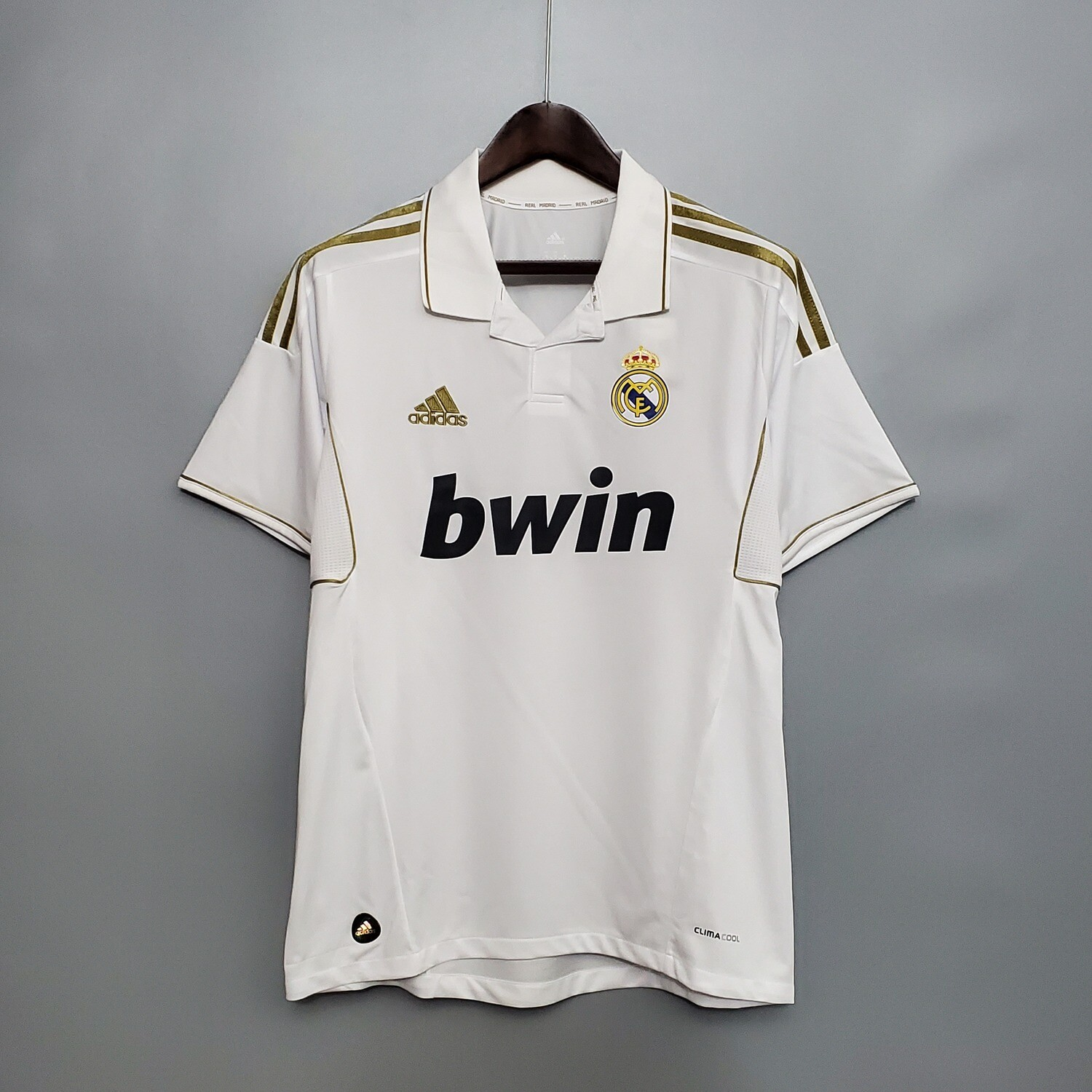 Real Madrid 2011-12 Home Jersey [Pre-paid Only]