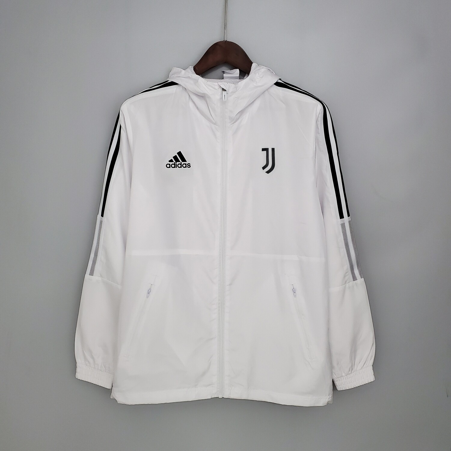 Juventus White Windbreaker 2021-22 [Pre-paid Only]