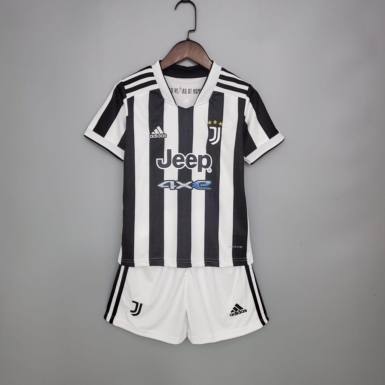 Juventus 21-22 Kids Jersey Set