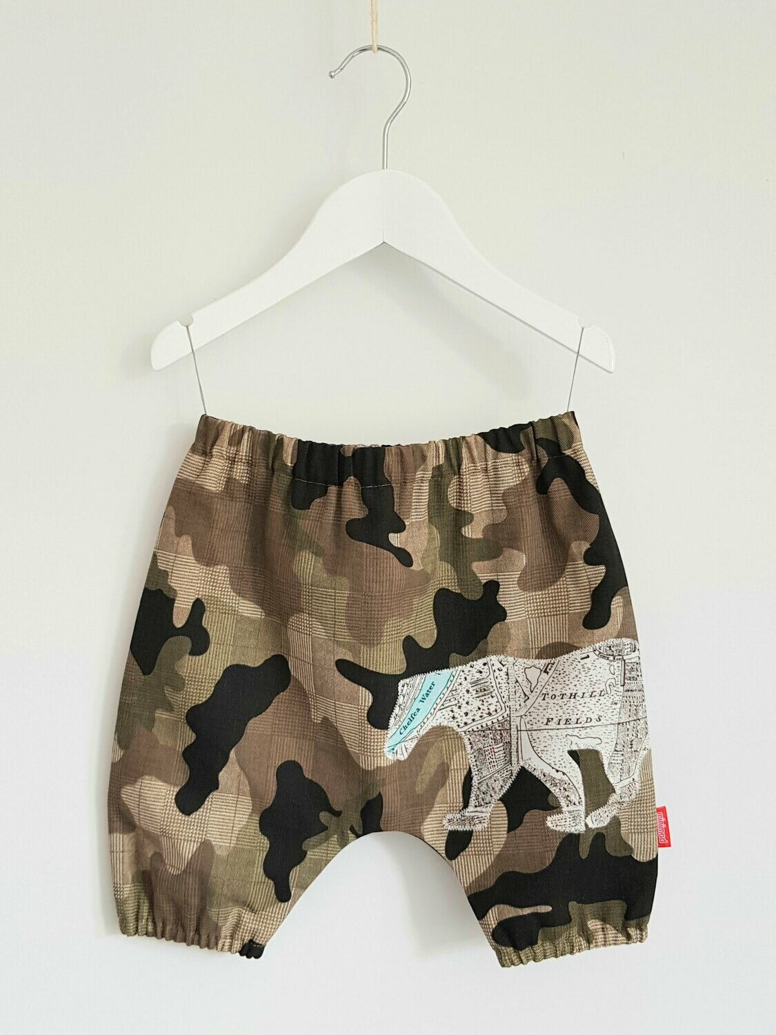 Bloomers in camouflage with appliqué detail