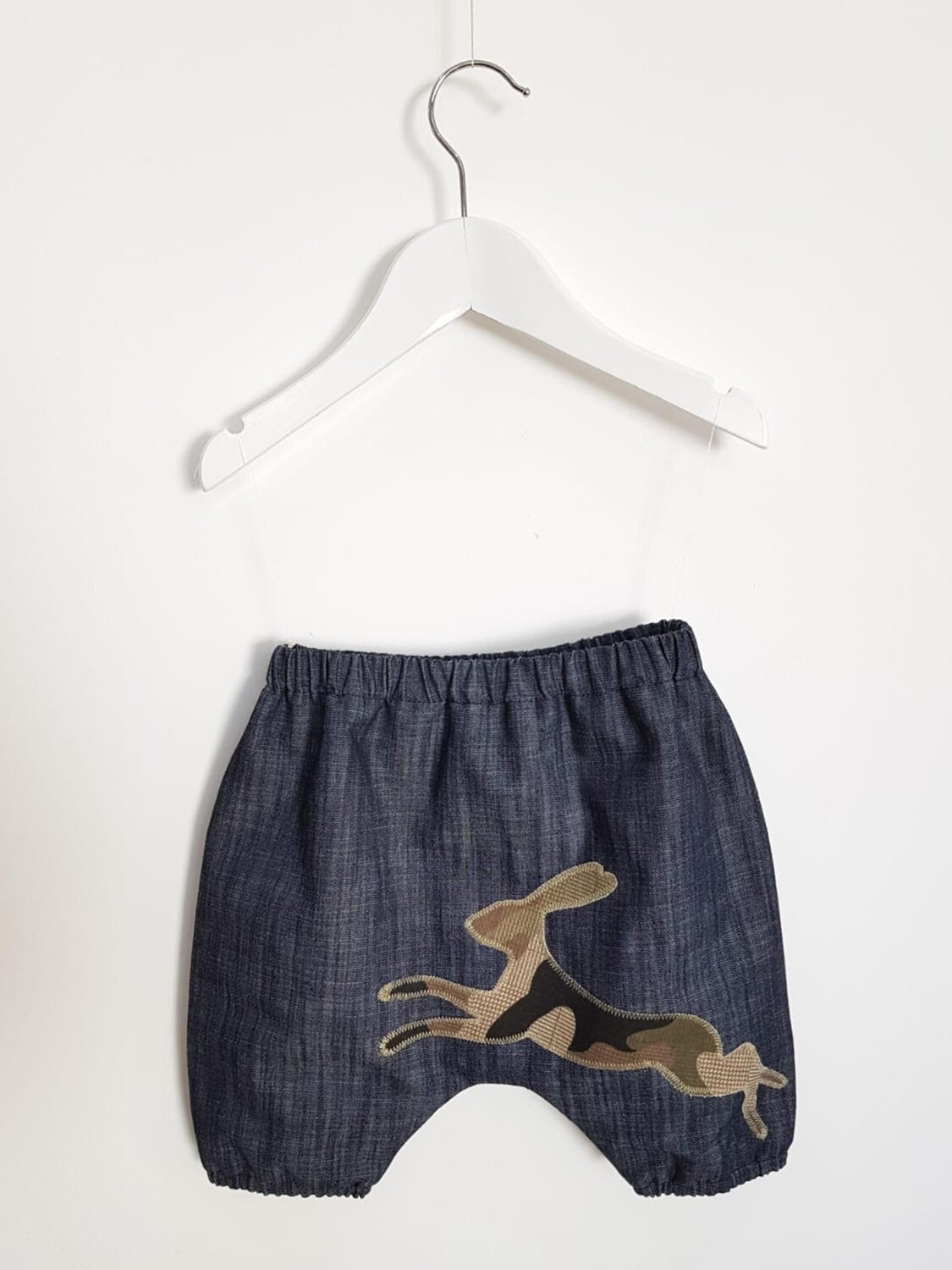 Bloomers in denim with appliqué detail