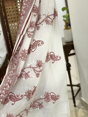 Kota cotton saree in red and white