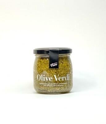 Pestato von Grünen Oliven und Basilikum mit nativem Olivenöl extra