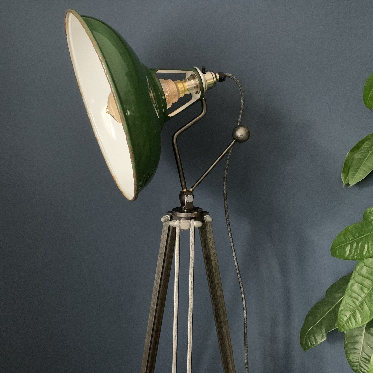 Vintage Enamel Coolicon Shade On Handmade Steel Pan/tilt Neck And Tripod