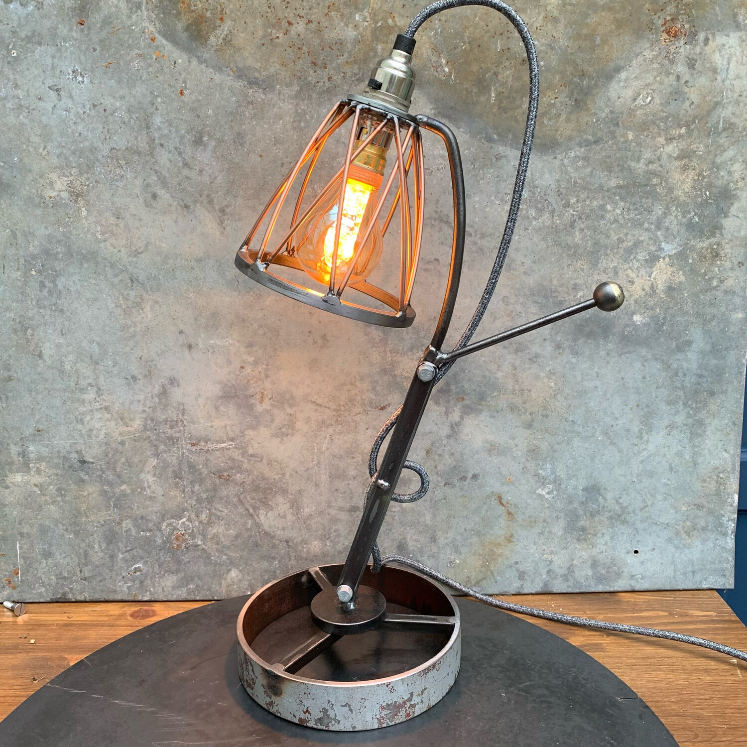 Industrial Articulated Steel/copper Desk Lamp