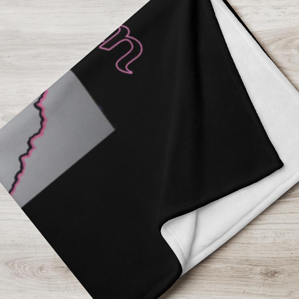 Black Queen Throw Blanket