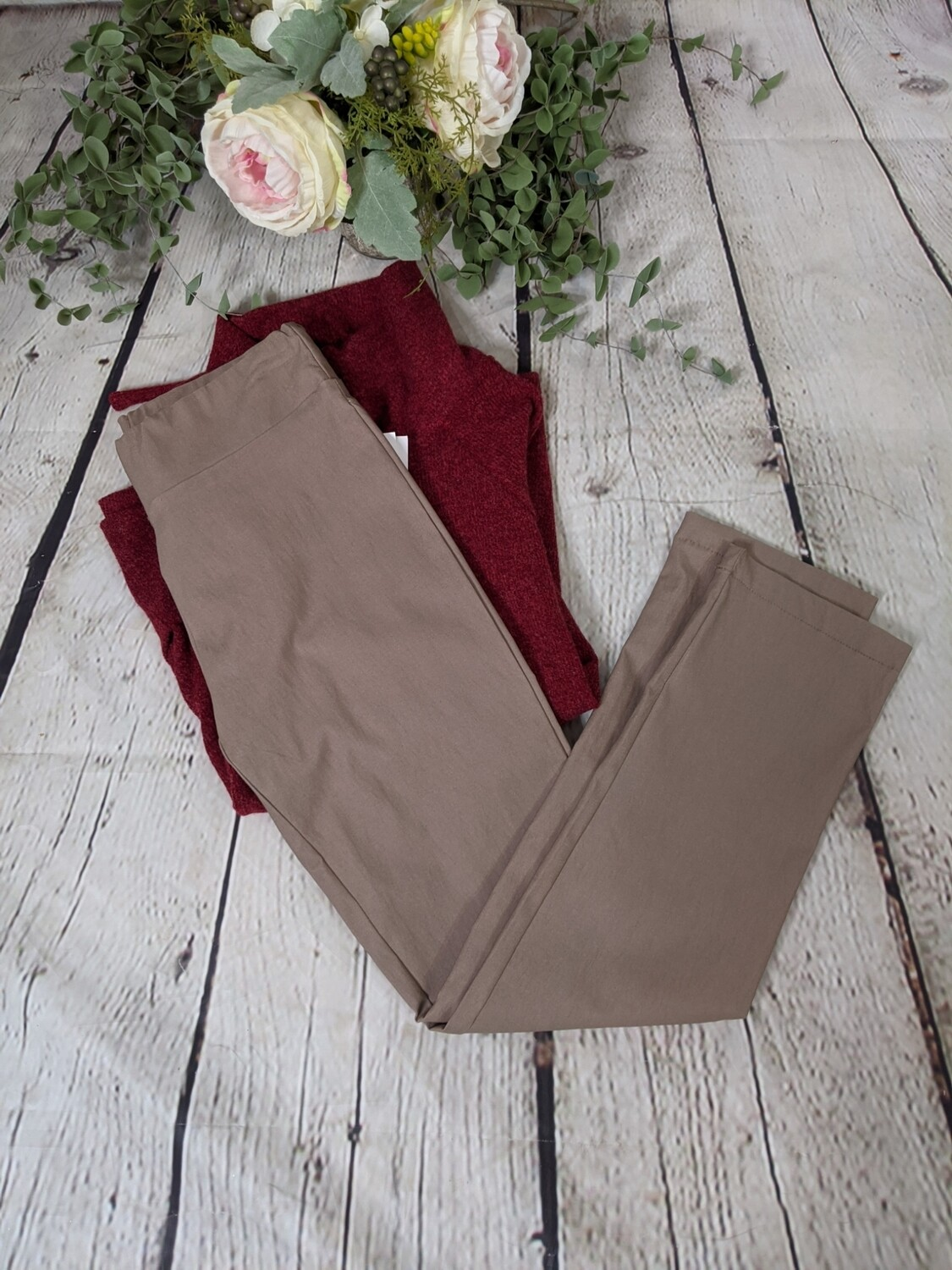 Cally Pull On Pant