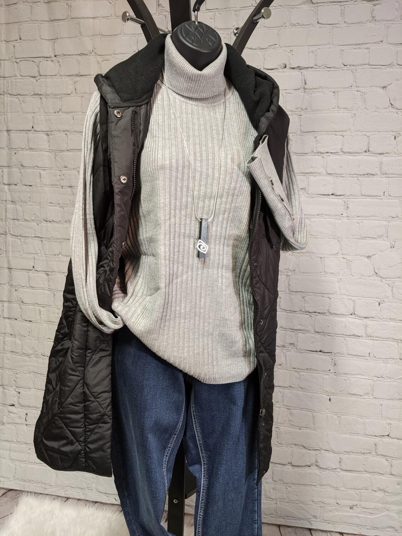 Tonna Sweater
