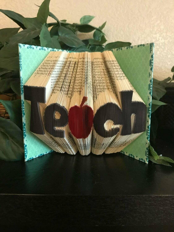 CUSTOM 3D Book Fold