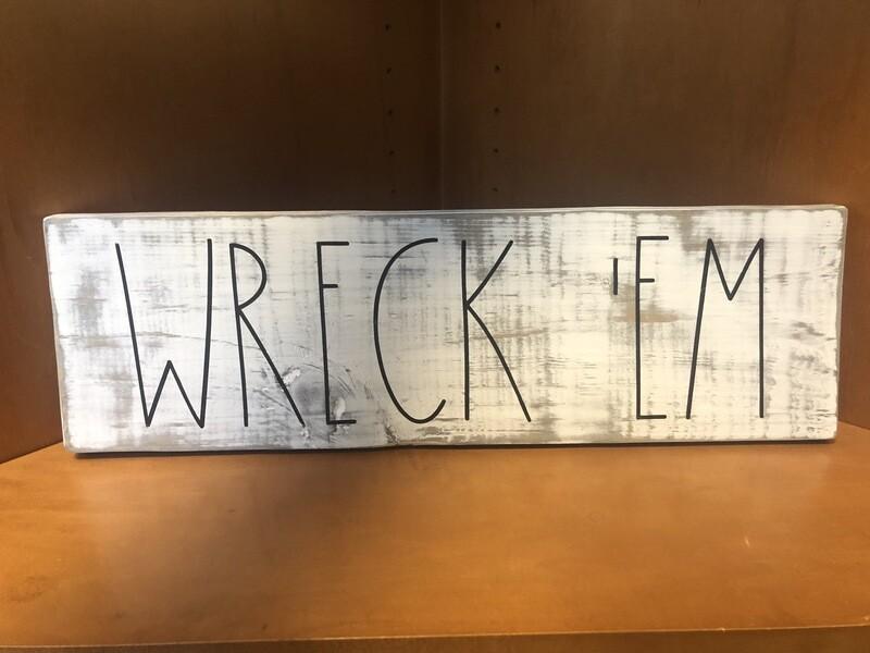 Texas Tech Wreck'Em Distressed Sign
