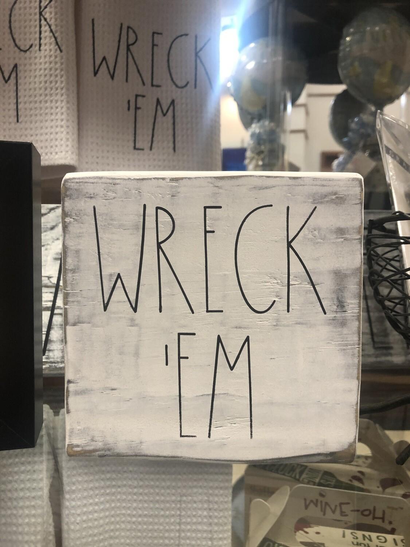 """""""Wreck 'Em"""" Shelf Sitter"""