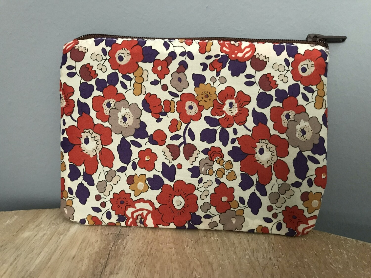 Betsy Red Pouch (medium)