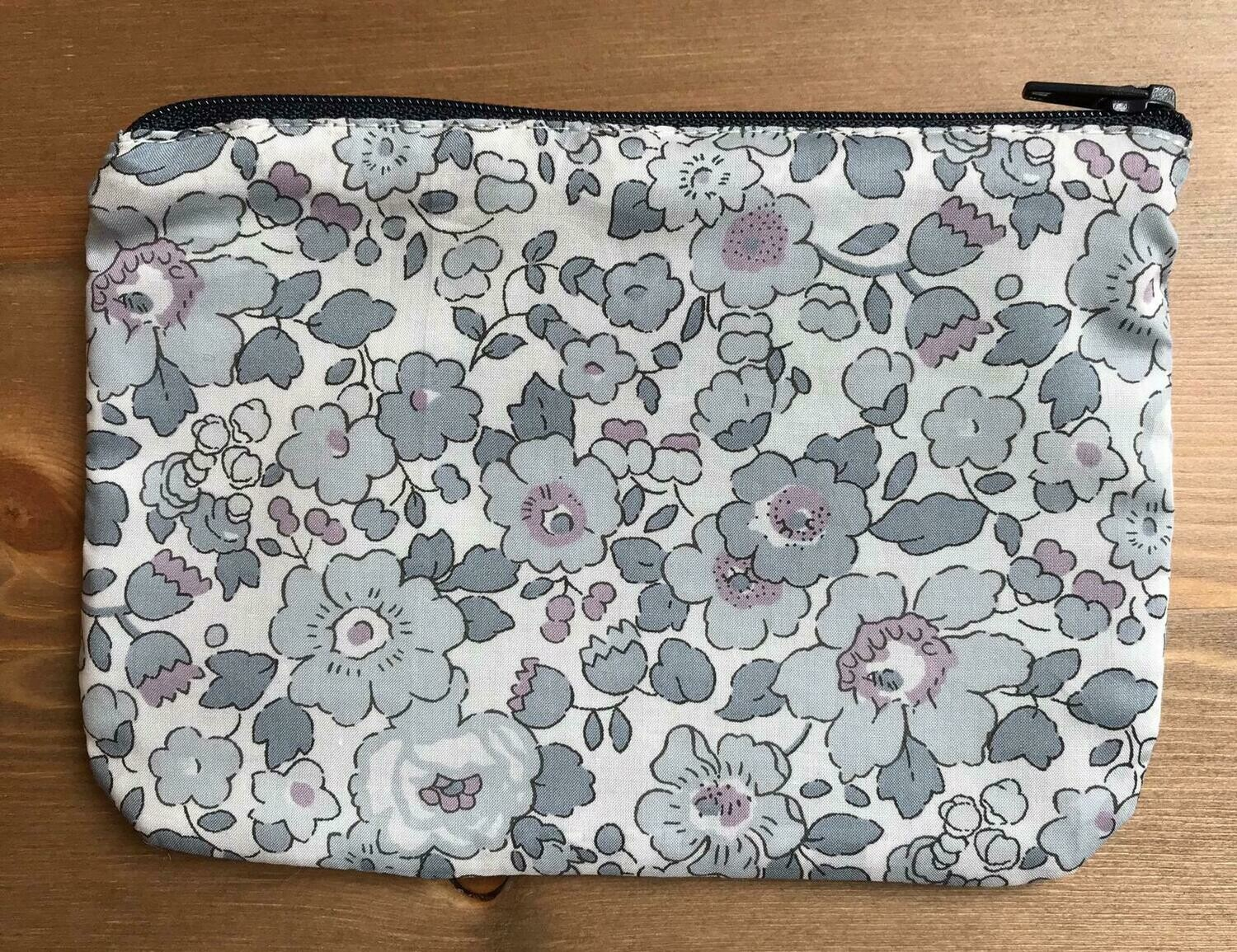 Betsy Grey Pouch