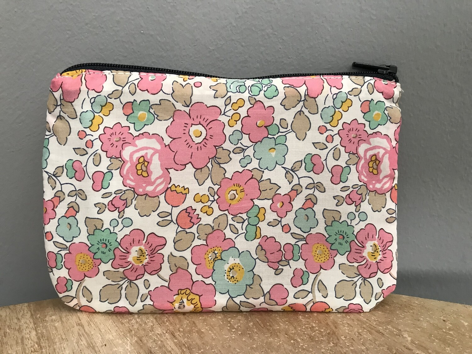 Betsy Pink Pouch