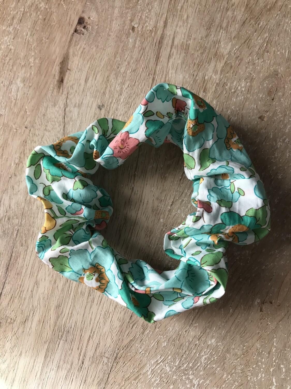 Betsy Green Scrunchie