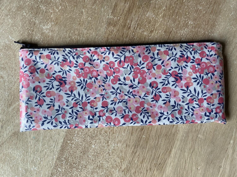 Estuche plastificado Wiltshire Pink