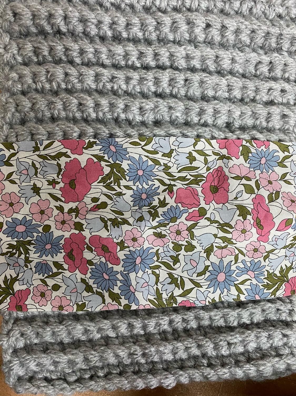 Cuello Winter gris con tira Popy Pink