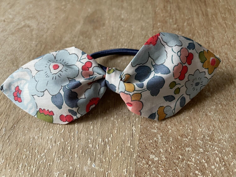Cherry Drop Beige Hair Tie