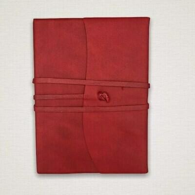 Diario con taglio marmorizzato rosso