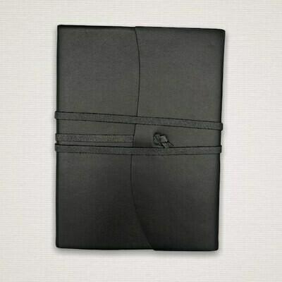Diario con taglio marmorizzato nero