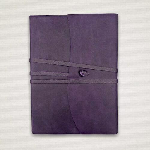 Diario con taglio marmorizzato viola