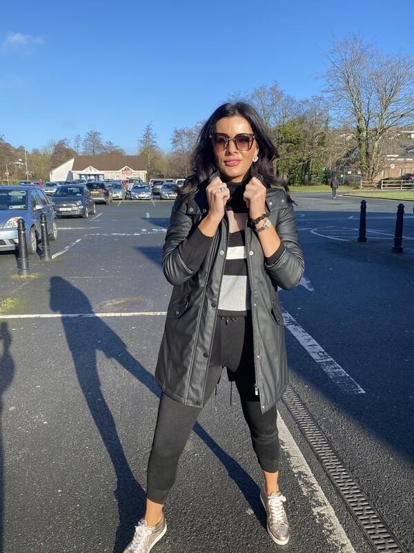 'Classic Noir' Hooded Outdoor Jacket' in Black