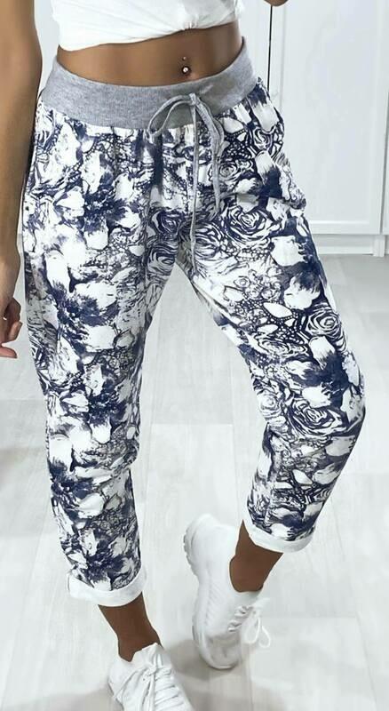 'Denim Blue Pattern' Cropped Comfort Pants