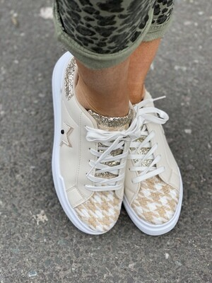 'Becky Houndstooth' Star Trainers
