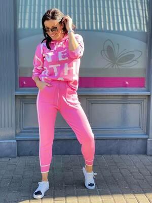 'Script Loungeset' in Pink