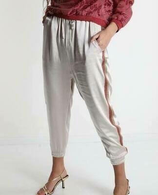 'Sofia Silk' Jog End with Shimmer Double Side Stripe