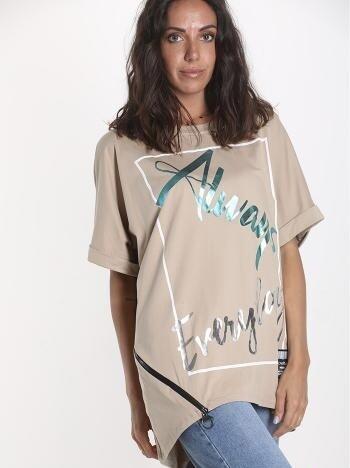 Scripted zip asymmetrical T-Shirt