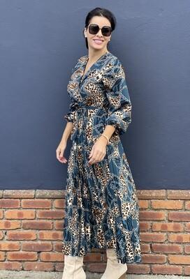 Chain Print Pleated V- Neck Dress