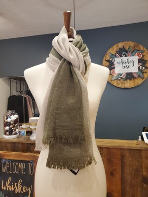 OLIVE TWO TONED SCARF