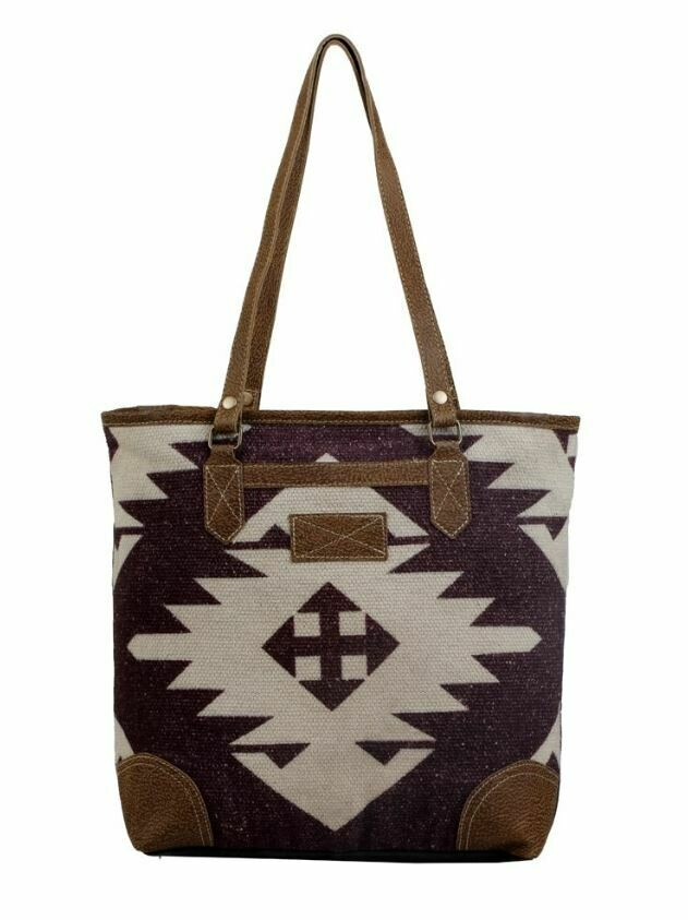 EARTHY TOTE