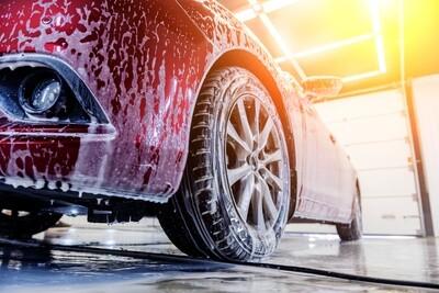 Nettoyage et soin extérieur pour voiture