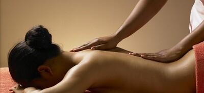 Double détente du dos réflexologie plantaire et massage relaxant
