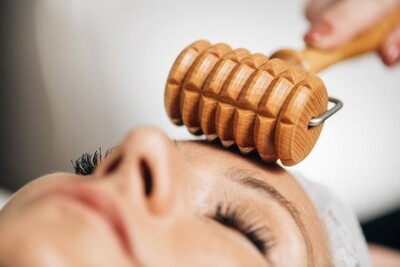 Soins visage liftant Madero thérapie