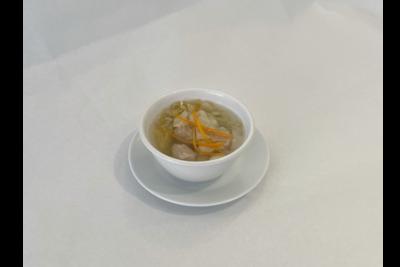 Potage aux raviolis (crevettes)