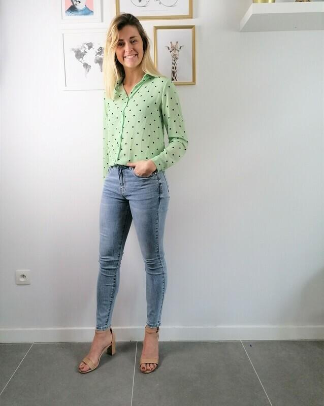 Dotsy blouse ~ light green