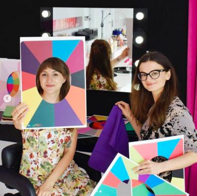 Analiza Kolorystyczna + Makijaż ze wskazówkami (elektroniczna karta prezentowa)