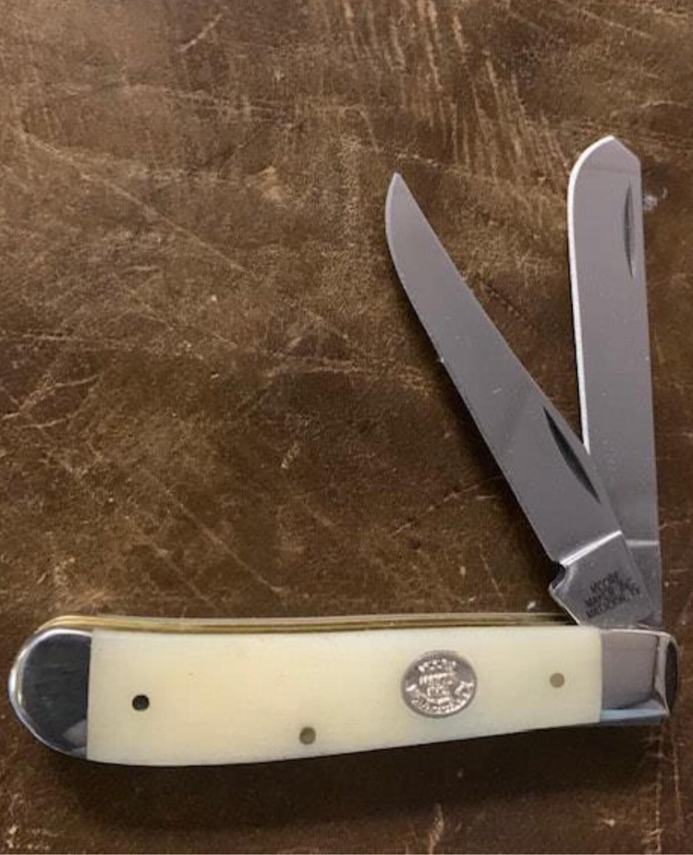 5200C white trapper mini
