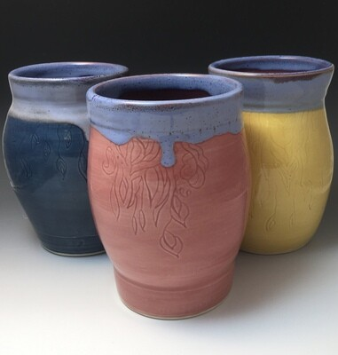 3 Graces, 3 Vases