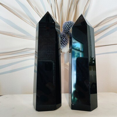 Large Black Obsidian Towers