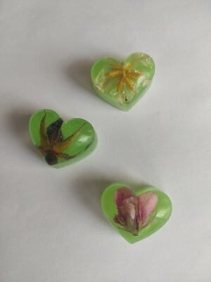 Small Heart flower magnets - set of 3