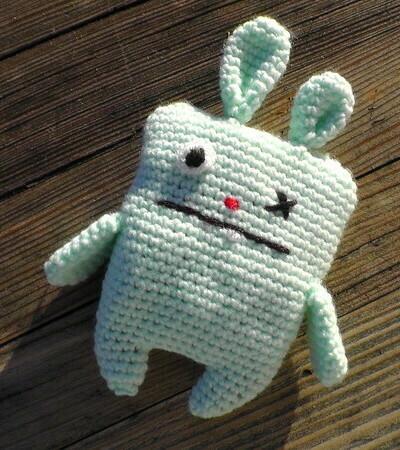 Ugly Bunny crochet pattern video & PDF - Woolpedia®