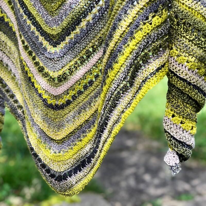 Froschkönig shawl crochet pattern video & PDF